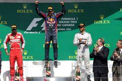Podium : Fernando Alonso, Scuderia Ferrari, Sebastian Vettel, Red Bull Racing et Lewis Hamilton, Mercedes Grand Prix