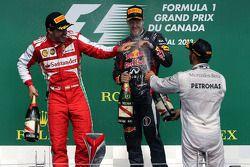 Fernando Alonso, Scuderia Ferrari, Sebastian Vettel, Red Bull Racing und Lewis Hamilton, Mercedes Gr