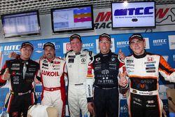 Robert Huff, SEAT Leon WTCC, ALL-INKL.COM Munnich Motorsport, Yvan Muller, BMW E90