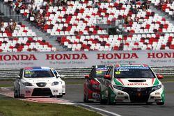 Tiago Monteiro, Honda Civic Super 2000 TC, Honda Racing Team Jas voor Marc Basseng, SEAT Leon WTCC,