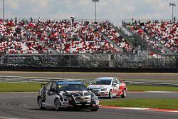 Michel Nykjaer, Chevrolet Cruze 1.6T, Nika Racing voor Yvan Muller, Chevrolet Cruze 1.6T, RML