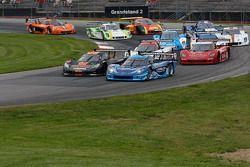 Race Start #90 Spirit of Daytona Corvette DP: Ricky Taylor, Richard Westbrook #10 Wayne Taylor Raci