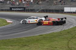 #43 Team Sahlen BMW / Riley: Will Nonnamaker, Joe Nonnamaker #8 Starworks Motorsport Ford/Riley: Sco