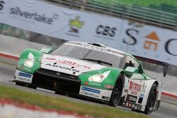 #24 Kondo Racing Nissan GT-R: Hironobu Yasuda, Michael Krumm