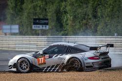 Spin for #77 Dempsey Racing - Proton Porsche 911 GT3-RSR: Patrick Dempsey, Joe Foster, Patrick Long