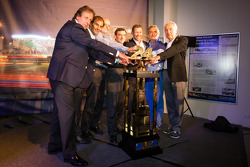Frank Biela, Emanuele Pirro, Henri Pescarolo, ACO President François Fillon, Tom Kristensen, Jacky Ickx and Gérard Larousse