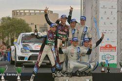 Vencedores Sébastien Ogier e Julien Ingrassia, Volkswagen Polo WRC, Volkswagen Motorsport, Segundos
