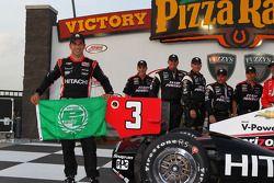 Polesitter Helio Castroneves, Team Penske Chevrolet
