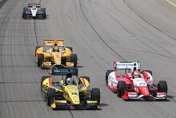 Graham Rahal, Rahal Letterman Lanigan Racing Honda and Justin Wilson, Dale Coyne Racing Honda