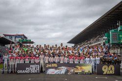 Photo de groupe des pilotes des 24 Heures du Mans 2013