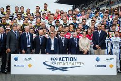 The traditional group shot of the 2013 24 Hours of Le Mans drivers with FIA President Jean Todt, wif