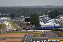 #2 Audi Sport Team Joest Audi R18 e-tron quattro: Tom Kristensen, Allan McNish, Loic Duval leads the