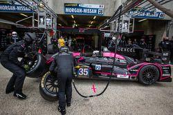 Pit stop #35 OAK Racing Morgan LMP2 Nissan: Bertrand Baguette, Ricardo Gonzalez, Martin Plowman