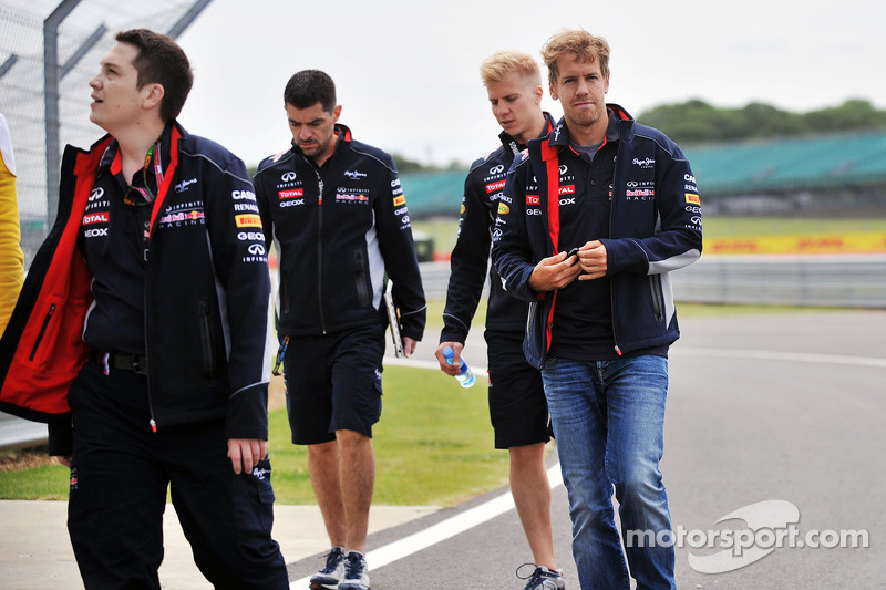 Sebastian Vettel, Red Bull Racing walks the circuit.