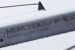 Rain drops, a wet pit stop rig for Mercedes AMG F1