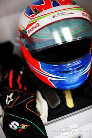 The, kask ve race gloves, Paul di Resta, Sahara Force India F1