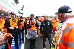 Nico Rosberg, Mercedes AMG F1 with marshals