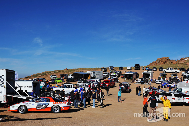 Pikes Peak Parking >> Competitors Parking Area At The Start Of Sector 3 At Pikes Peak