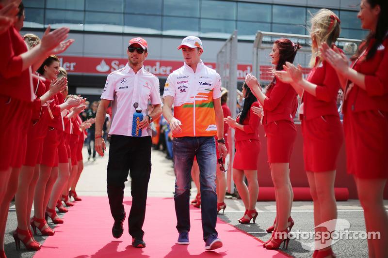 Jenson Button, McLaren and Paul di Resta, Sahara Force India F1 on the drivers parade