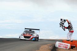 ZIeldurchfahrt: #208 Peugeot 208 T16 Pikes Peak: Sébastien Loeb