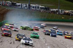 Problemen voor Kyle Busch, Joe Gibbs Racing Toyota