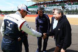 Jean Todt FIA President with Pastor Maldonado Williams on the grid