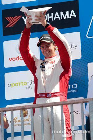 Том Чилтон. Порту, воскресенье, после первой гонки.
