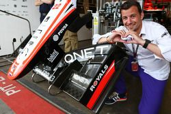 Will Buxton, NBS Sports Network TV Presenter enjoys the Reading FC branding on the Marussia F1 Team