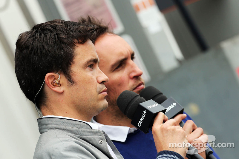 (L to R): Thomas Senecal, Canal+ F1 Chief Editor and TV Presenter with Franck Montagny, Canal+ TV Pr