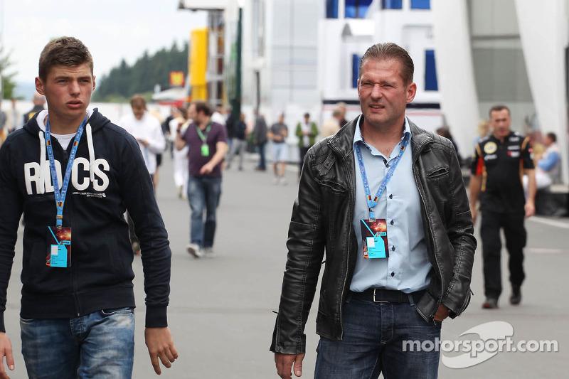 А о Максе Ферстаппене тогда еще почти никто не знал. 15-летний голландец только готовился к тестам в Формуле Renault 2.0