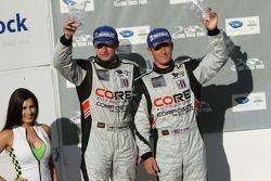 O terceiro colocado GT Patrick Long, Tom Kimber-Smith