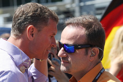 (L naar R): David Coulthard, Red Bull Racing en Scuderia Toro Advisor / BBC-commentator met Rubens Barrichello