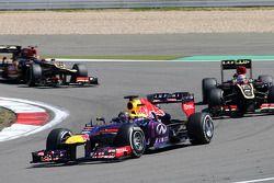 Sebastian Vettel, Red Bull Racing, Romain Grosjean, Lotus F1 Team