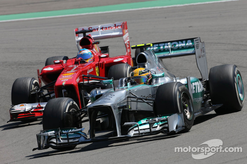 Lewis Hamilton, Mercedes Grand Prix y Fernando Alonso, Scuderia Ferrari