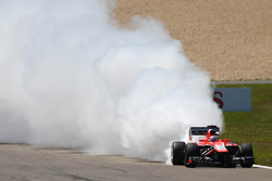 Jules Bianchi, Marussia F1 Team MR02 with an engine failure