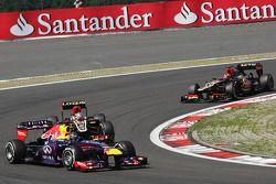 Sebastian Vettel, Red Bull Racing RB9, Romain Grosjean, Lotus F1 E21 et Kimi Räikkönen, Lotus F1 E21