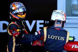 Romain Grosjean, Lotus F1 E21 and Kimi Raikkonen, Lotus F1 E21