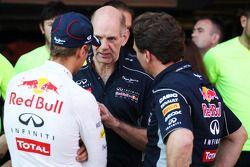 Race winner Sebastian Vettel, Red Bull Racing with Adrian Newey, Red Bull Racing Chief Technical Off