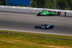 Crash for James Hinchcliffe, Andretti Autosport Chevrolet