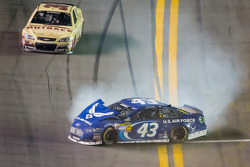 Aric Almirola, Richard Petty Motorsports Ford crashes