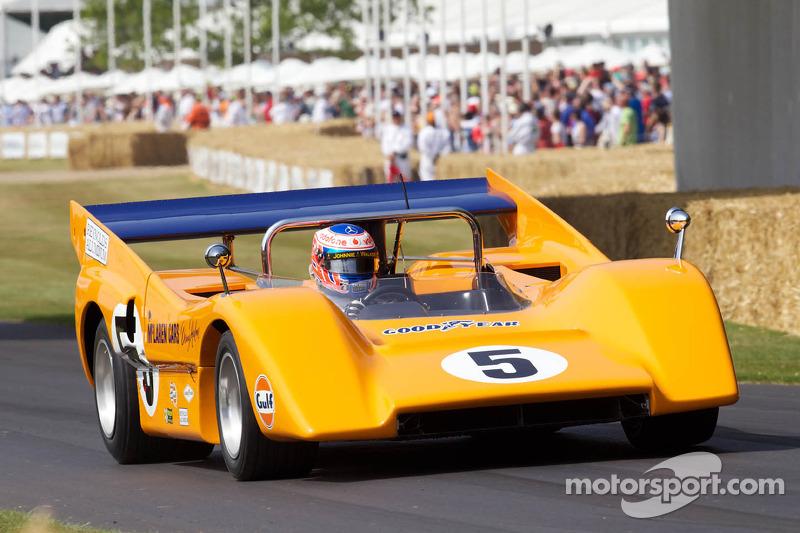 Дженсон Баттон на McLaren M8D 1970 года