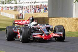 Кевин Магнуссен, McLaren Mercedes MP4/23