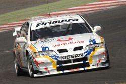 Ex David Leslie 1997 Super Touring Nissan Primera bestuurd door Richard Hawken
