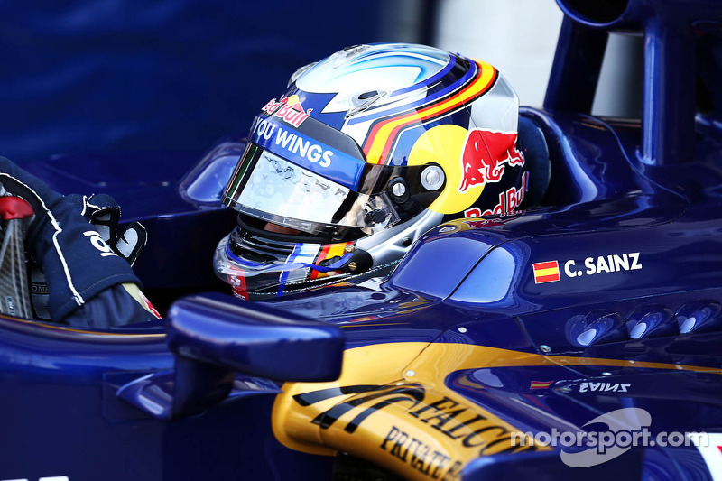 Carlos Sainz Jr., Scuderia Toro Rosso STR8 piloto de prueba