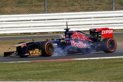 Verbremser: Carlos Sainz Jr., Scuderia Toro Rosso STR8