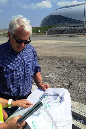 F1 Race Direktör ve safety delegate Charlie Whiting, construction site, yeni Sochi circuit