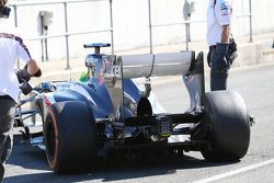 Kimiya Sato, Sauber C32 Test Driver running a double DRS system