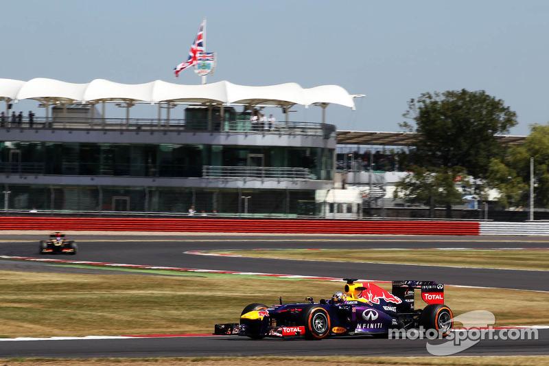 Carlos Sainz probando el RB9 de Red Bull Racing RB9 durante unos test