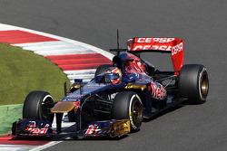 Daniil Kvyat, Scuderia Toro Rosso STR8