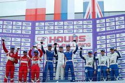 GTC podium: Winnaars Fabio Babini, Viktor Shaitar, Kirill Ladygin, 2e plaats Andrea Rizzoli, Stefano